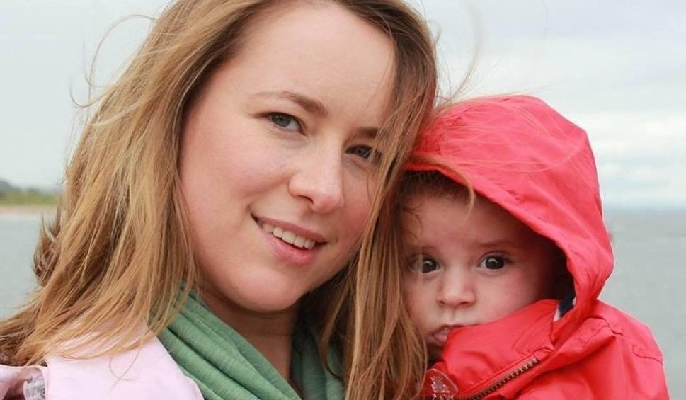 Film do artykułu: Katarzyna Rzeszowska, młoda mama walczy z rakiem. Prosi o pomoc
