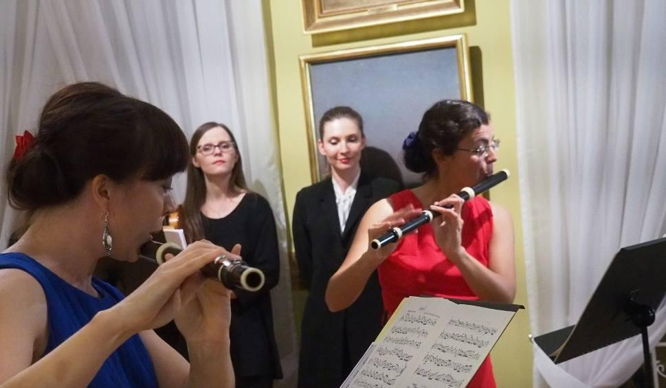 Film do artykułu: Ratusz. Karolina Zych, Luana Gundersen i Zespół Muzyki Dawnej Diletto (zdjęcia, wideo)