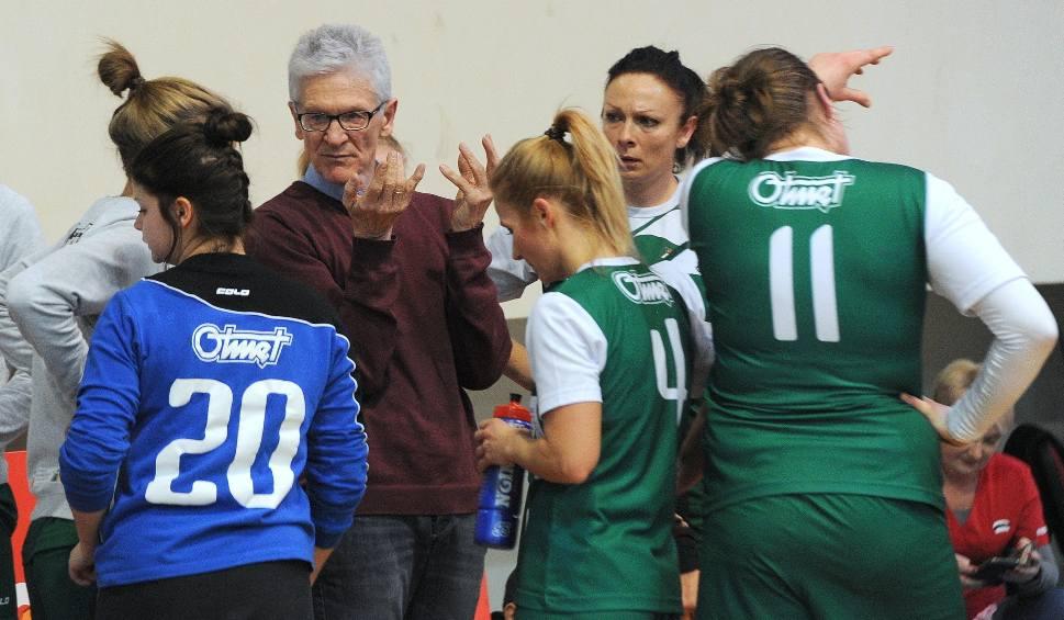 Film do artykułu: 1 liga piłki ręcznej kobiet. Przed Otmętem Krapkowice bardzo trudny mecz wyjazdowy