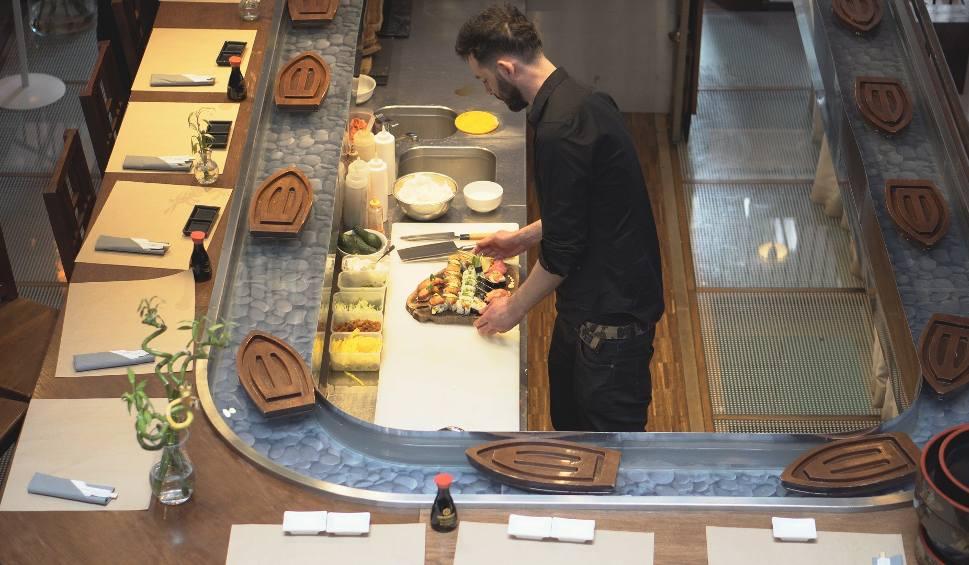 Zensei Sushi Restauracja Z Azjatycką Kuchnią Typu Fusion