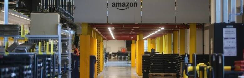 Amazon w Polsce. Zagrozi Allegro? Jak założyć konto na Amazonie? Największy sklep internetowy rozpoczyna działalność w Polsce