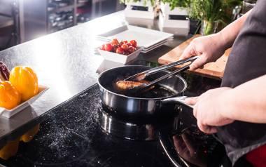 """Tak się robi program kulinarny. Zobacz Making Of """"Artysta w kuchni""""!"""