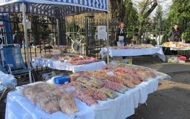 Rury, trąby czy też dachówki - tych słodkich wypieków, najczęściej z kruchego ciasta piernikowego, nie znajdziemy w żadnej cukierni. Kojarzą się z obchodami
