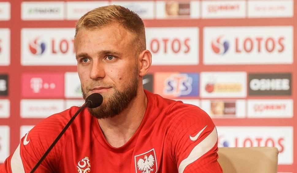 Film do artykułu: Reprezentacja Polski przygotowuje się do meczu ze Szwecją. Tymoteusz Puchacz: Jedyne markery widziałem podczas podpisywania piłek [zdjęcia]
