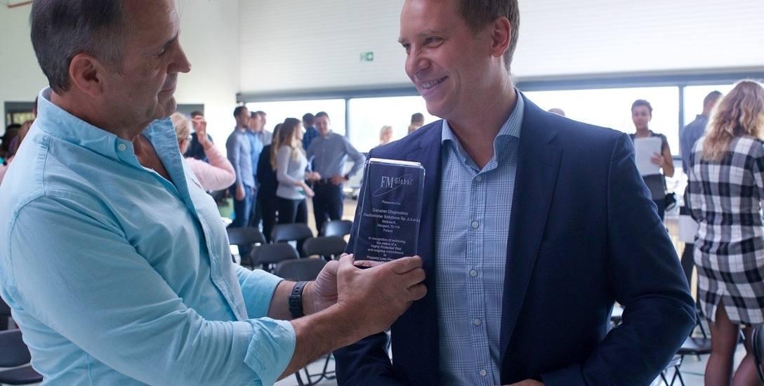 Bjorn Reidhav, prezes zarządu Radiometer Solutions i Paweł Pac-Pomarnacki, kierownik zakładu Radiometer Solutions w Stargardzie.