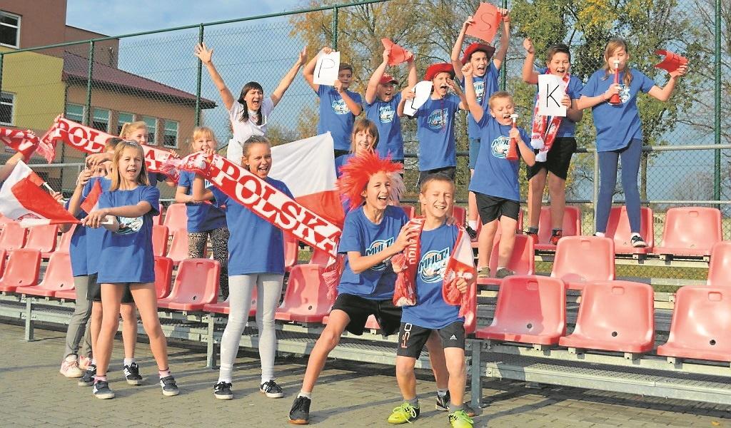 To właśnie ujęcie uczniów z Radomic zostało nagrodzone w konkursie.