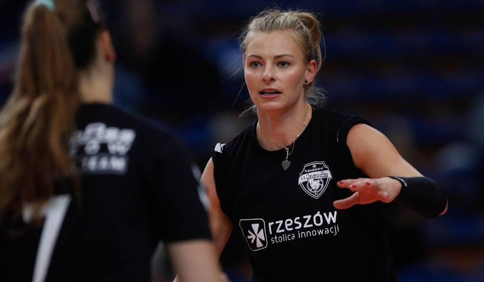 Film do artykułu: Agata Sawicka, siatkarka Developresu Rzeszów po przegranym meczu z Budowlanymi Łódź [WIDEO]