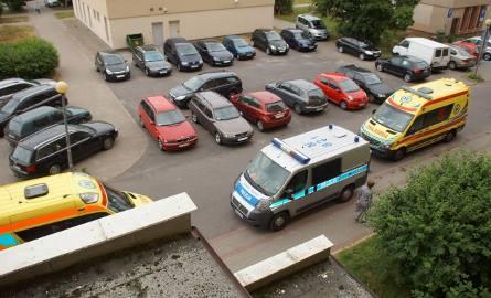 3-latek zatrzasnął się w pralce podczas zabawy w chowanego. Wypadek w Słupsku przy ul. Romera.