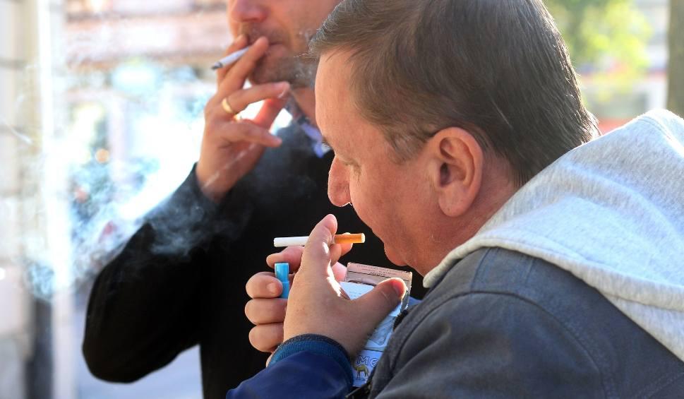 Film do artykułu: Od maja 2019 roku w Polsce nie kupimy papierosów? Polska Izba Handlu apeluje do premiera