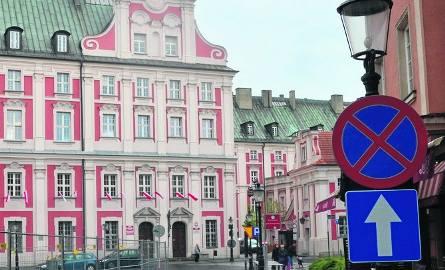 27 listopada można będzie zwiedzić wnętrza Urzędu Miasta Poznania z przewodnikiem. Takie wycieczki odbywać się będą teraz co dwa miesiące