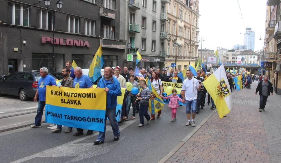 """Film do artykułu: Protest NIE dla Facebooka 21 lutego za zablokowanie grupy """"Jestem narodowości śląskiej"""""""