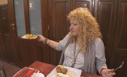 """Magda Gessler wraz z ekipą Kuchennych Rewolucji zajęła się restauracją Tawerna """"Ellada"""". Premierę tego odcinka mogliśmy oglądać w 2012"""