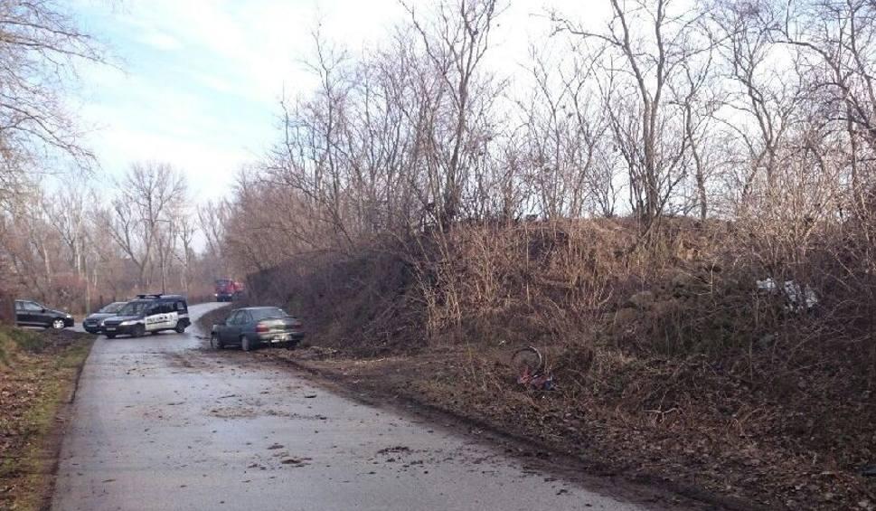 Film do artykułu: Wypadek w powiecie buskim. Zginęła rowerzystka