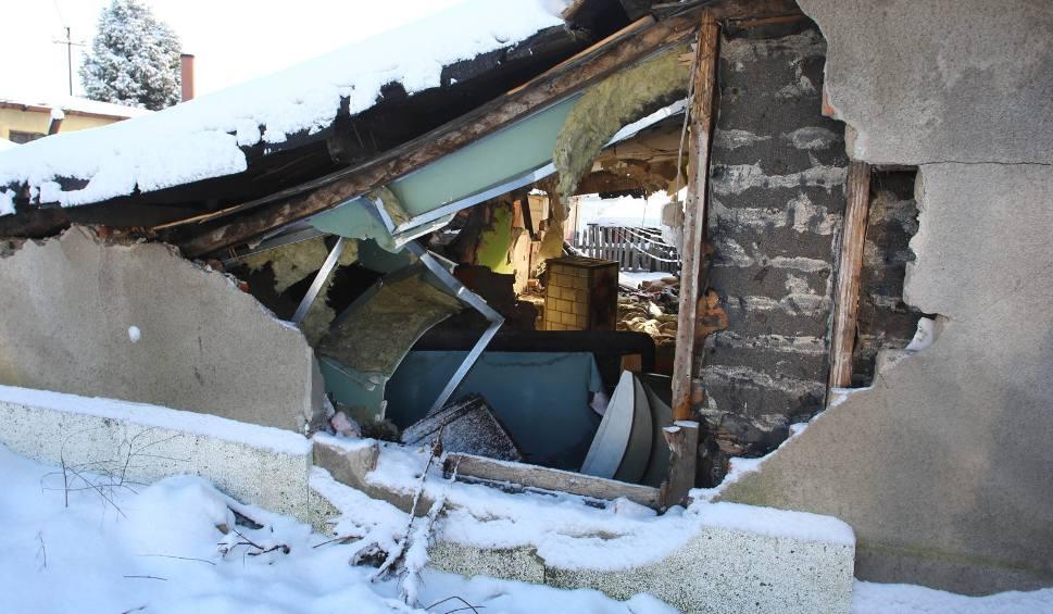 """Film do artykułu: Awantura o gdyński """"Pekin"""". Trwa wyburzanie budynków przy ul. Orlicz - Dreszera [ZDJĘCIA, WIDEO]"""