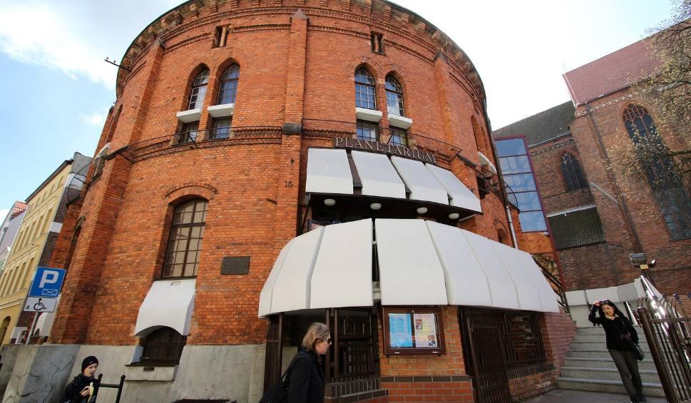Film do artykułu: Toruńskie planetarium zaprasza na nowy seans
