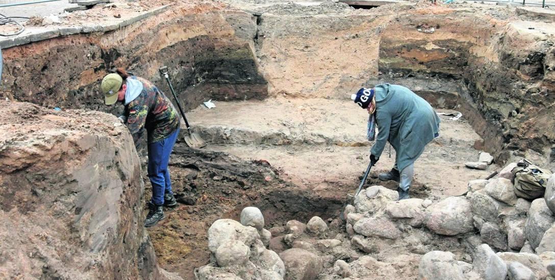 Starogard Gdański. Odkryto relikty gotyckiego ratusza, który jest cennym nabytkiem dla dziedzictwa kulturowego miasta