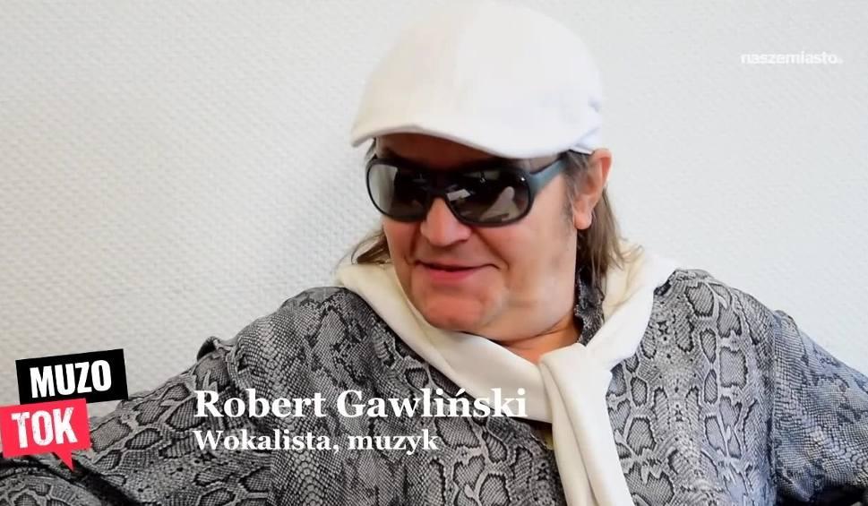 """Film do artykułu: Robert Gawliński, lider grupy Wilki: Nowa płyta całkiem możliwa. Top hit """"Baśka"""" śpiewałem wiele tysięcy razy. Płyta 26/26 to podsumowanie"""