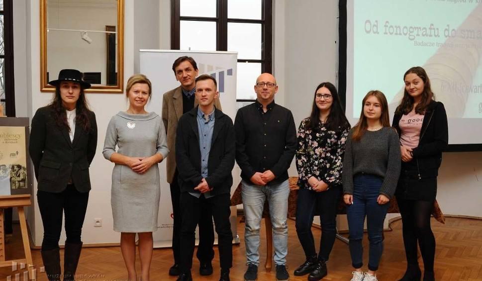 Film do artykułu: Muzeum Ludowych Instrumentów Muzycznych w Szydłowcu nagrodziło filmowców