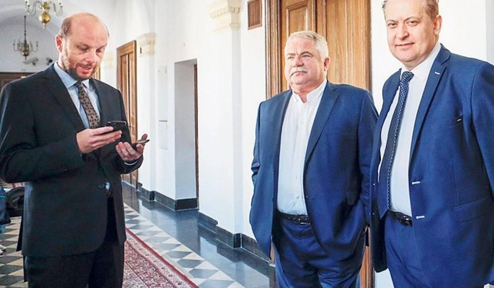 Film do artykułu: Sąd Okręgowy w Rzeszowie uznał, że radny Robert Kultys z PiS miał prawo do krytyki