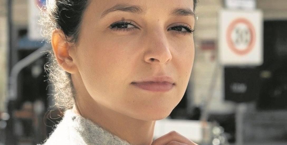 """Maria Dębska wciela się w filmie """"Pech to nie grzech"""" w rolę rzutkiej bizneswoman, która nie ma szczęścia w miłości"""
