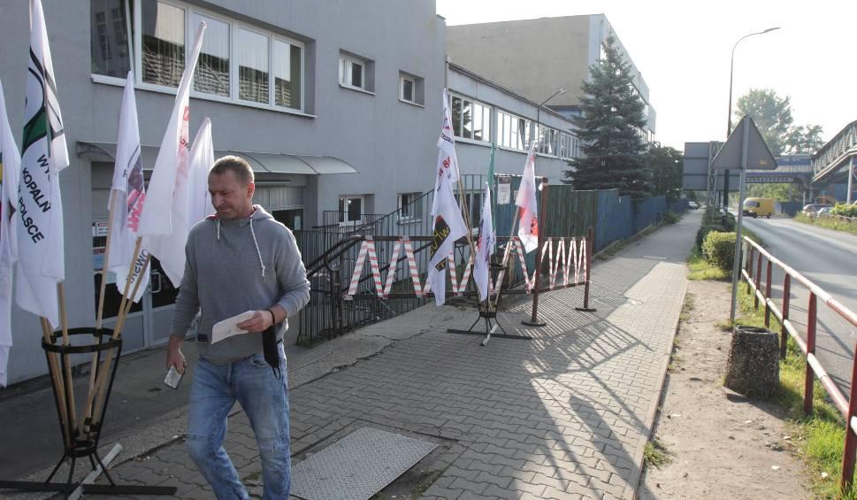 """Film do artykułu: Strajk górników. Dzisiaj masówki, potem demonstracja. """"Rząd zajmuje się sobą i nie dba o Śląsk"""