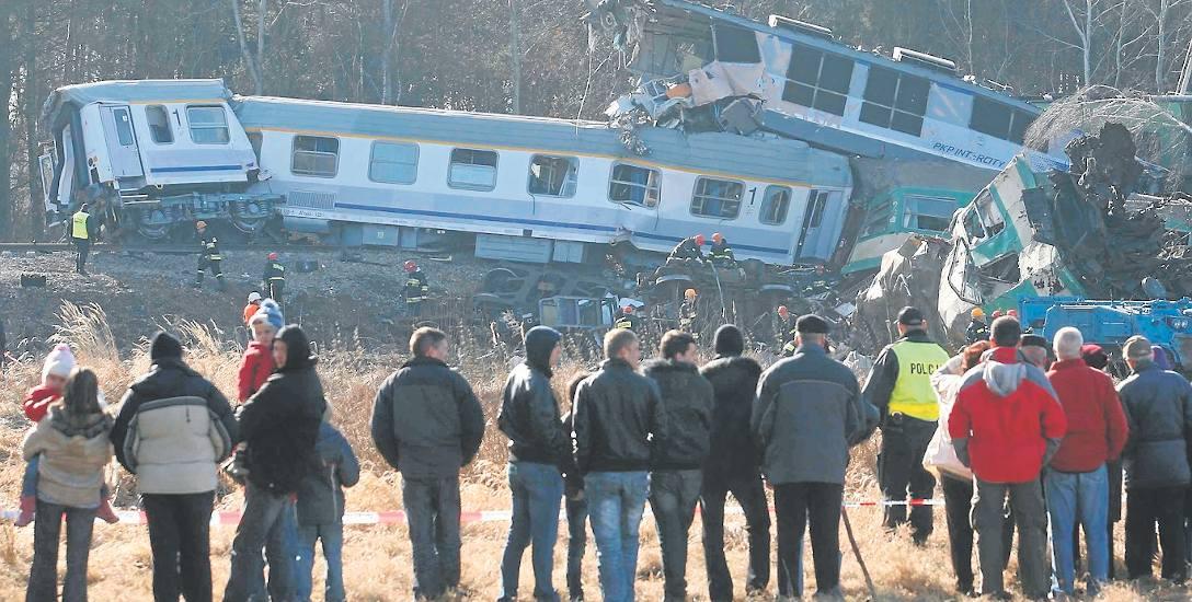 Do zderzenia pociągów relacji Warszawa-Kraków i Przemyśl-Warszawa doszło 3 marca 2012 r., o godzinie 20.53, w Chałupkach