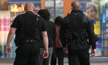 Politycy też potrzebują ochrony?