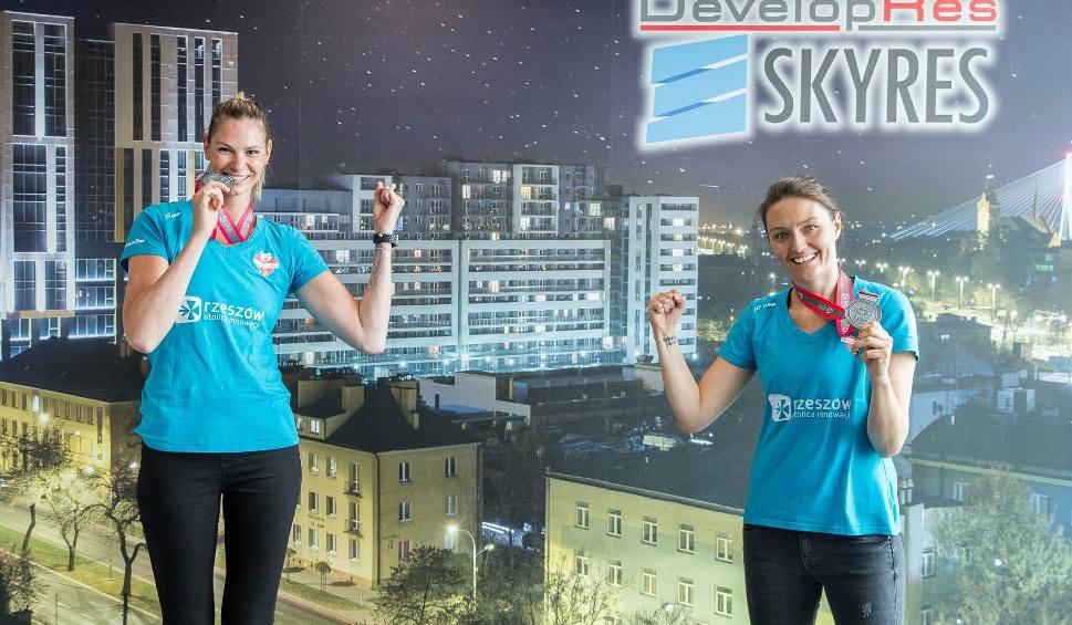 Film do artykułu: Gabriela Polańska i Jelena Blagojević odebrały medale w imieniu koleżanek z KS Developres Rzeszów: Okoliczności mogłyby być lepsze