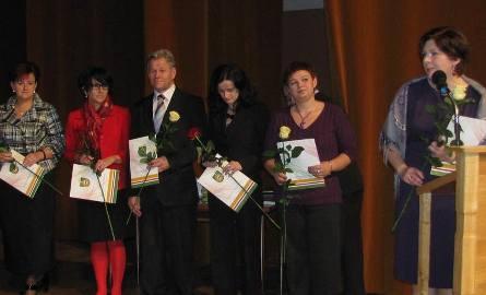 Edyta Jarosz –dyrektor Specjalnego Ośrodka Szkolno – Wychowawczego podziękowała w imieniu uhonorowanych nagrodą starosty