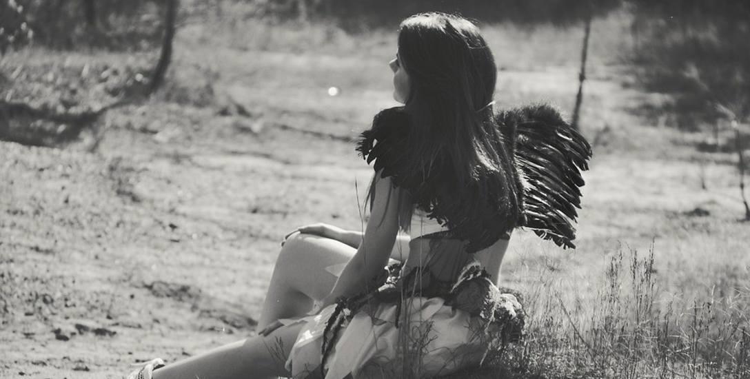 Zbuntowane Anioły uczą się chodzić nowymi ścieżkami