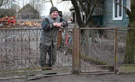 """Plutycze. Tu żyje najsłynniejszy rolnik w Polsce - Gienek Onopiuk z programu """"Rolnicy. Podlasie"""". Odwiedziliśmy go (zdjęcia) [18.02.2020]"""