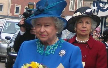 Królowa uznała, że ma być rozwód - fragment książki