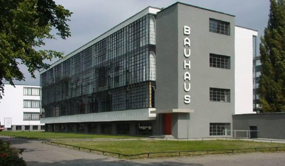 Film do artykułu: Dobrze Zaprojektowane: Bauhaus, czyli poukładana szkoła poukładanej architektury