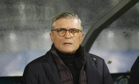 Adam Nawałka zarządził bardziej intensywne treningi, po tym jak część piłkarzy Lecha skarżyła się, że na jego zajęciach trudno się porządnie spocić.