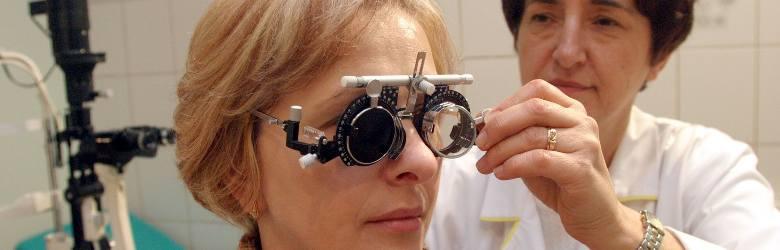 Łódź: drogie zabiegi ratują chorym wzrok