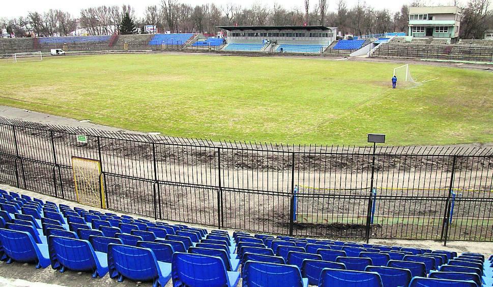 Oświetlenie Toru żużlowego W Lublinie Poza Koroną Stadionu