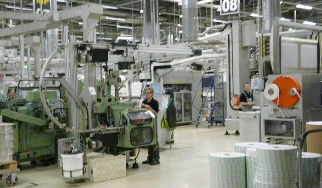 Ukochany Jak produkuje się papierosy? Zobacz od środka fabrykę pod  QH-66