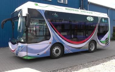 Autobus z napędem ekologicznym