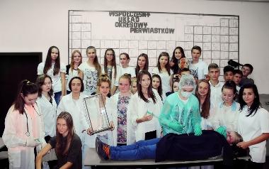 Klasa IF, II liceum Ogólnokształcącego im. Marii  Skłodowskiej -Curie w Piotrkowie Trybunalskim