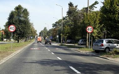 Kochanowskiego - wciąż obowiązujące ograniczenie prędkości do 40 km/h