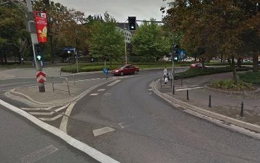 Blokowanie ruchu na zjeździe z mostu Grunwaldzkiego
