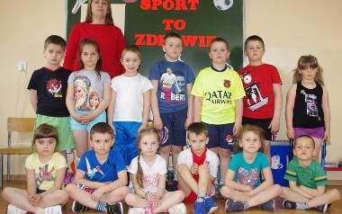 Zespół Placówek Oświatowych w Chobrzanach. Grupa 6 latków