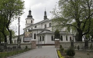 Parafia pw. św. Antoniego z Padwy [GOŁONÓG]