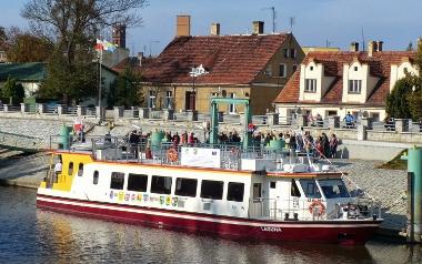 Rejsy statkami Zefir i Laguna po Odrze - oferta dla dzieci i młodzieży szkolnej