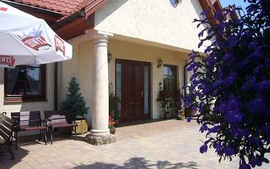 Mały Dworek. Szczęsna, ulica Warszawska 21, 508-106-043