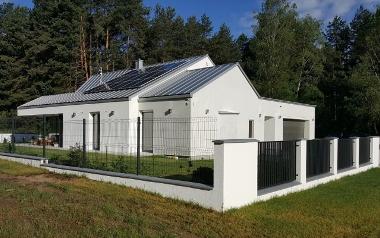 Budynek mieszkalny jednorodzinny w standardzie niskoenergetycznym NF40, ul. Racula - Mitry