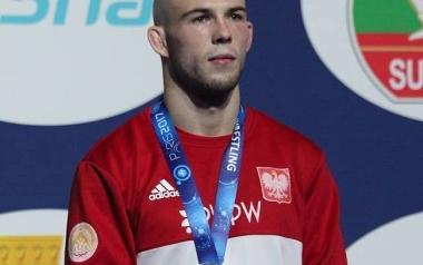 Mateusz Bernatek, AKS Piotrków, zapasy
