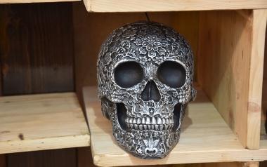 Świeczka w postaci czaszki