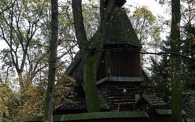 Kościół św. Jana Nepomucena w parku Szczytnickim