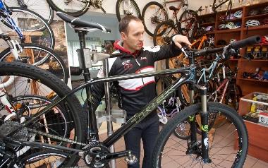Krzysztof Paluszek, Sklep Rowerowy Bike Finger